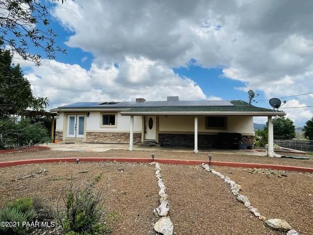 405 S Antelope Drive, Dewey-Humboldt, AZ 86327 (#1041698) :: Shelly Watne