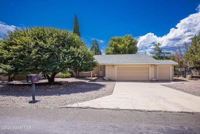 11261 E Manzanita Trail, Dewey-Humboldt, AZ 86327 (#1041730) :: Shelly Watne