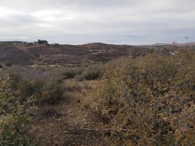12122 E Rock View Lane, Dewey-Humboldt, AZ 86327 (#1010787) :: HYLAND/SCHNEIDER TEAM