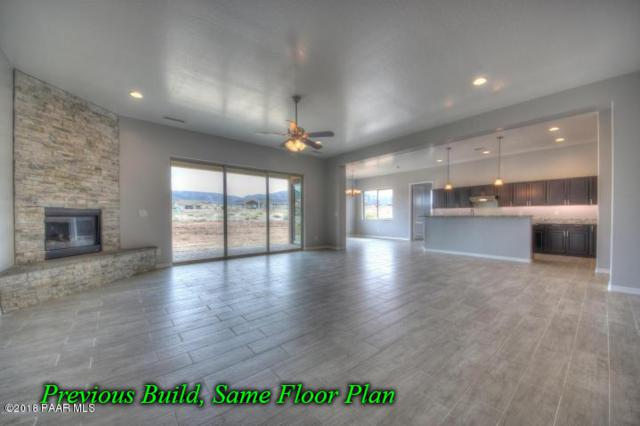 9415 E Summer Prairie Road, Prescott Valley, AZ 86315 (#1012340) :: HYLAND/SCHNEIDER TEAM