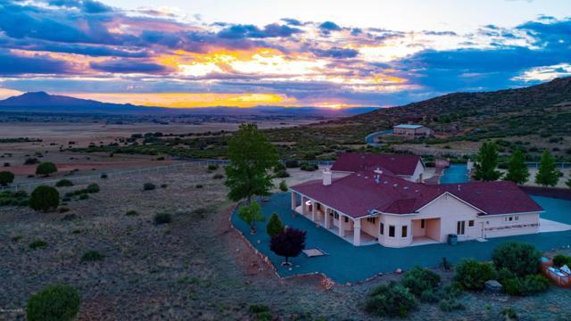 8645 N Howling Lane, Prescott Valley, AZ 86315 (#1022828) :: Shelly Watne