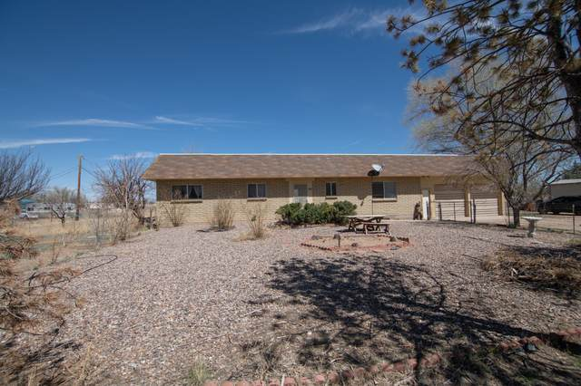 900 E Adams, Chino Valley, AZ 86323 (#1037086) :: Shelly Watne
