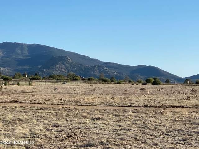 4432 W Copper Star Trail, Prescott, AZ 86305 (#1038528) :: Shelly Watne
