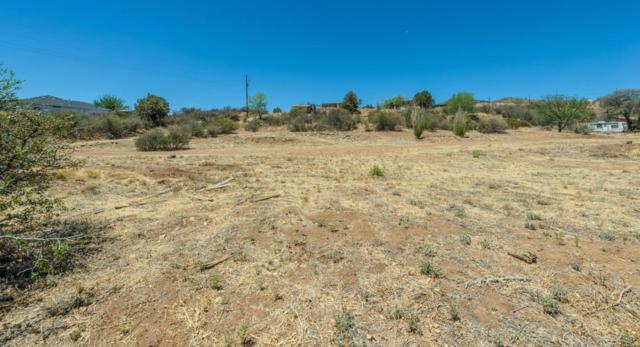 1451 S Hopi Trail, Dewey-Humboldt, AZ 86327 (#1012405) :: HYLAND/SCHNEIDER TEAM