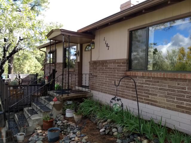 1107 W Skyview Drive, Prescott, AZ 86303 (#1016232) :: Shelly Watne