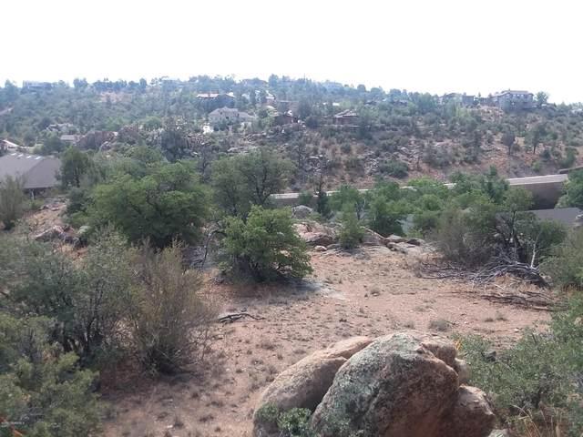 2228 Fern Drive, Prescott, AZ 86305 (#1024064) :: Shelly Watne
