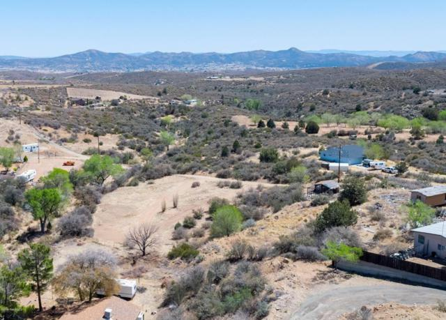 1451 S Hopi Trail, Dewey-Humboldt, AZ 86327 (#1012405) :: The Kingsbury Group