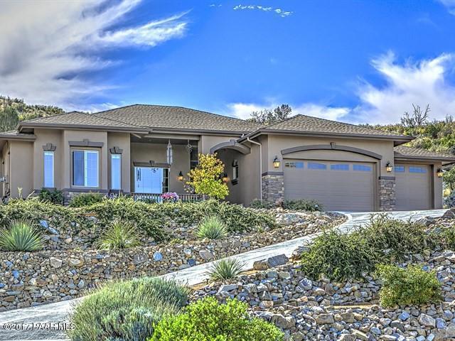 1076 N Cloud Cliff Pass, Prescott Valley, AZ 86314 (#1007526) :: The Kingsbury Group