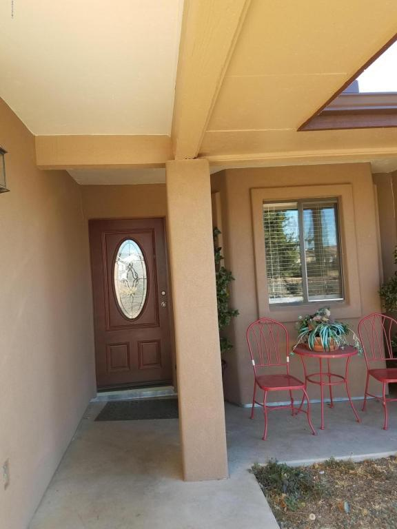 8026 E Barbara Road, Prescott Valley, AZ 86314 (#1009001) :: HYLAND-SCHNEIDER