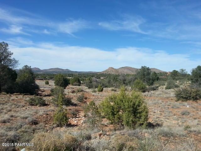 0 S Road 2 South, Prescott, AZ 86305 (#1009389) :: The Kingsbury Group