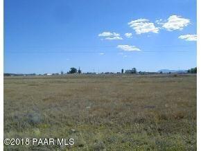 319 W Grand Canyon Road, Paulden, AZ 86334 (#1009810) :: The Kingsbury Group