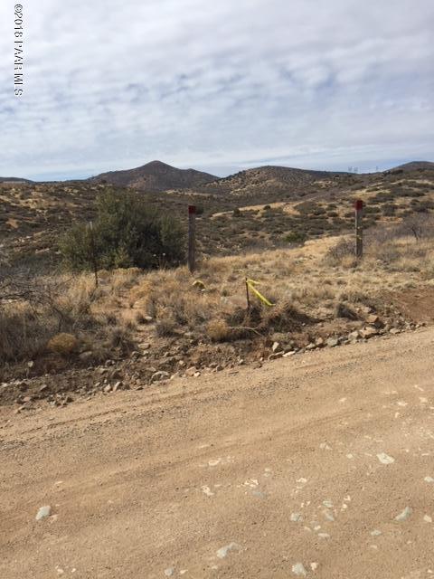 1960 (Apx) S Orme Road, Dewey-Humboldt, AZ 86327 (#1009821) :: The Kingsbury Group