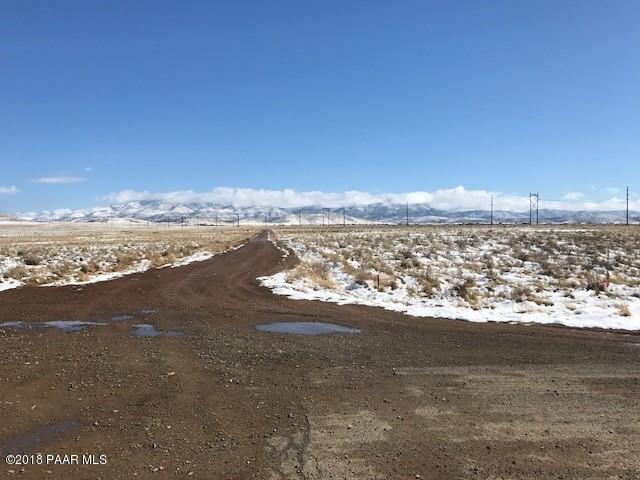 127xx N Antelope Meadows Drive, Prescott Valley, AZ 86315 (#1010233) :: The Kingsbury Group