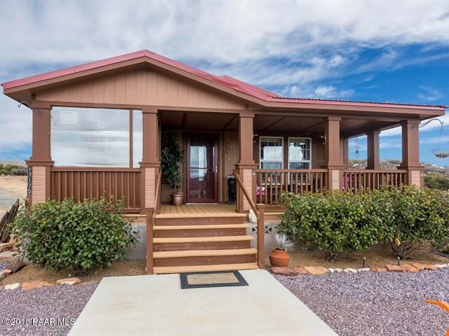 17175 E Wyoming Way, Dewey-Humboldt, AZ 86327 (#1010390) :: HYLAND/SCHNEIDER TEAM