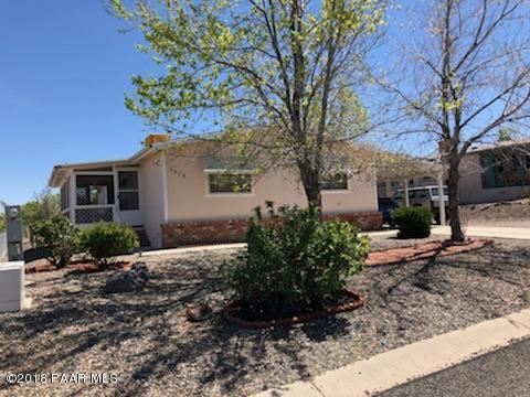 3075 Windsor Drive, Prescott, AZ 86301 (#1011456) :: The Kingsbury Group