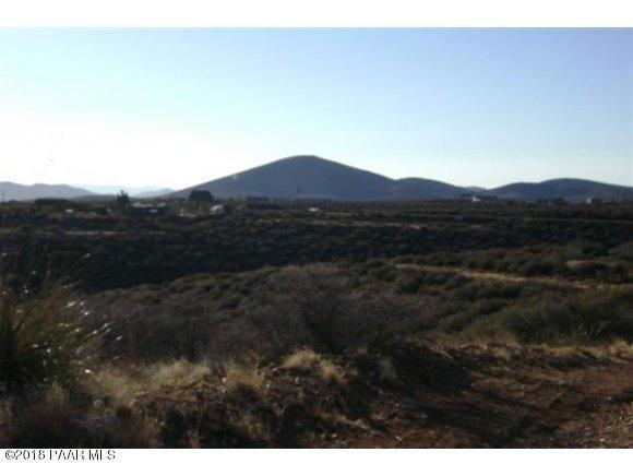 880 S Laura Way, Dewey-Humboldt, AZ 86327 (#1012566) :: HYLAND/SCHNEIDER TEAM