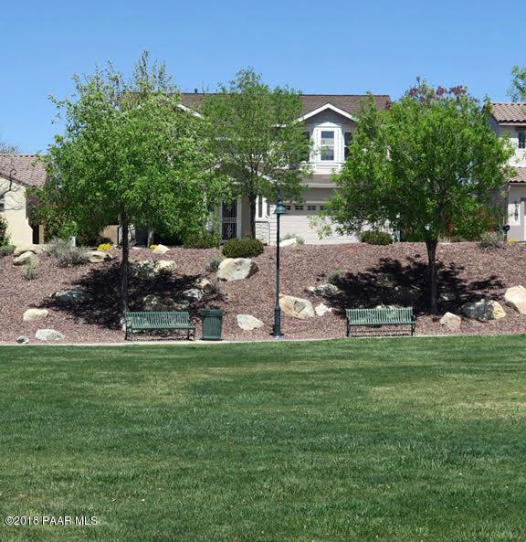 1734 N Colton Drive, Prescott Valley, AZ 86314 (#1013315) :: The Kingsbury Group