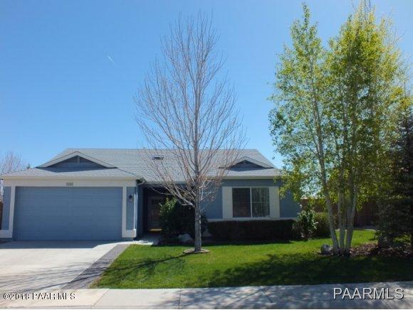 7159 Windy Walk Way, Prescott Valley, AZ 86315 (#1013577) :: The Kingsbury Group