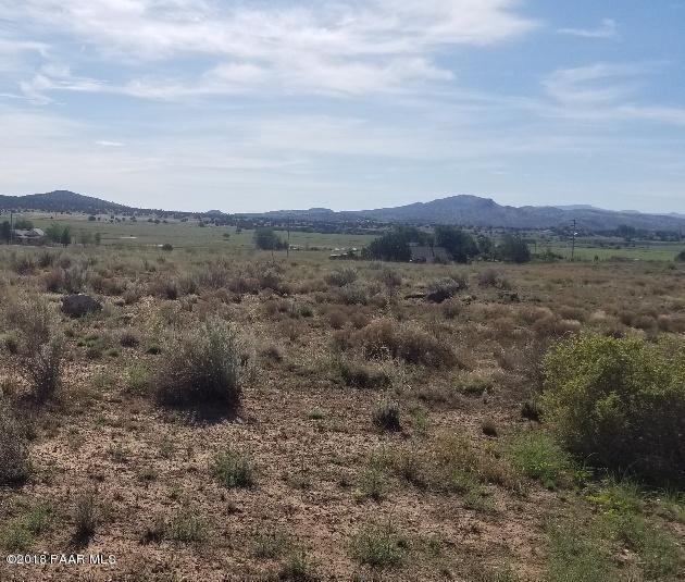 00 S Dupont Drive, Paulden, AZ 86334 (#1014189) :: HYLAND/SCHNEIDER TEAM