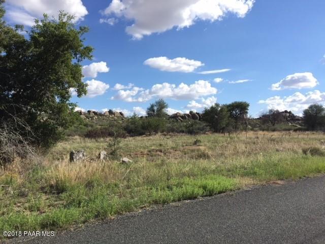 17517 W Foothill Road, Yarnell, AZ 85362 (#1014843) :: HYLAND/SCHNEIDER TEAM