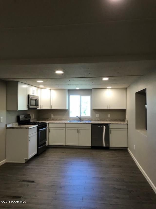 3045 Olive Drive, Prescott, AZ 86301 (#1015115) :: HYLAND/SCHNEIDER TEAM