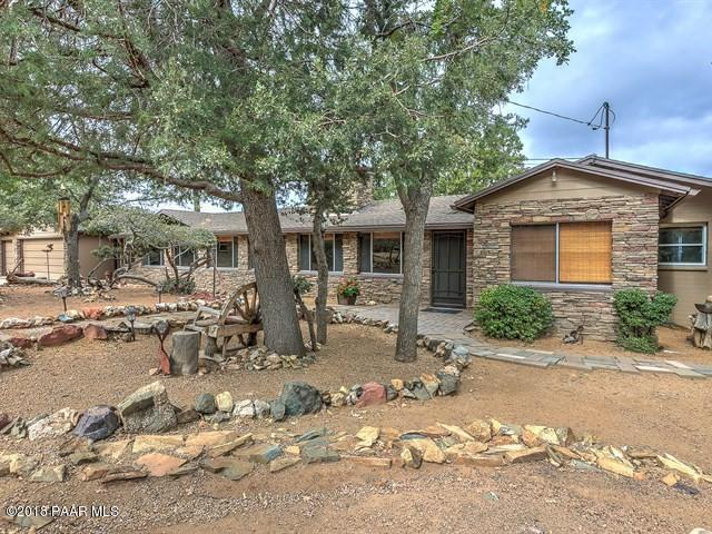 788 Westview Drive, Prescott, AZ 86305 (#1015934) :: Shelly Watne