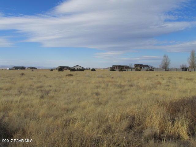 11450 N St Mathews Mountain Road, Prescott Valley, AZ 86315 (#1016810) :: The Kingsbury Group