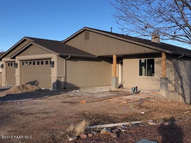 7115 N Viewscape Drive, Prescott Valley, AZ 86315 (#1017832) :: HYLAND/SCHNEIDER TEAM
