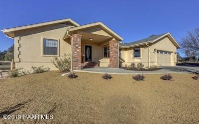 8510 N Valley Oak Drive, Prescott, AZ 86305 (#1018085) :: HYLAND/SCHNEIDER TEAM
