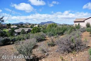 1541 Hawkeye Ridge Avenue, Prescott, AZ 86301 (#1018617) :: HYLAND/SCHNEIDER TEAM
