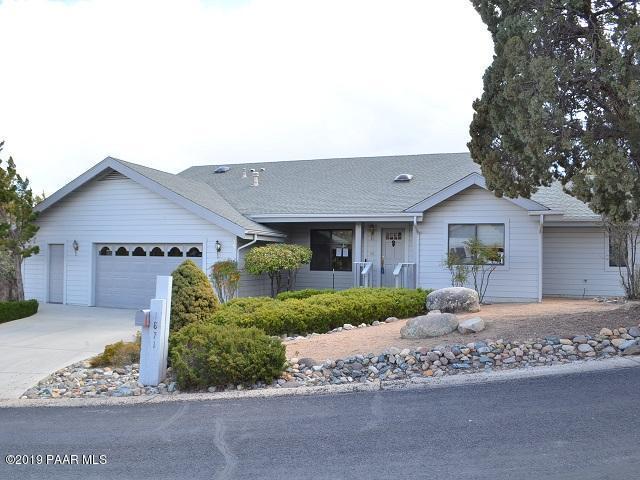 1871 Forest View Drive, Prescott, AZ 86305 (#1018982) :: HYLAND/SCHNEIDER TEAM