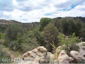 2979 La Questa, Prescott, AZ 86305 (#1019662) :: Shelly Watne
