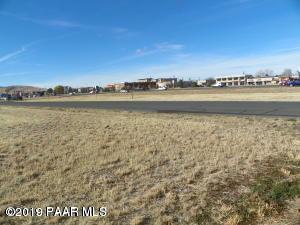 8001 E Hwy 69, Prescott Valley, AZ 86314 (#1019969) :: Shelly Watne