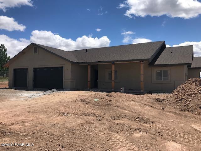 1751 Oak Drive, Chino Valley, AZ 86323 (#1020845) :: HYLAND/SCHNEIDER TEAM
