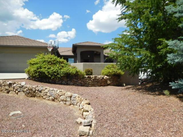5566 Thatch Court, Prescott, AZ 86305 (#1021722) :: HYLAND/SCHNEIDER TEAM