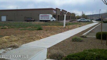 6636 E 2nd Street, Prescott Valley, AZ 86314 (#1022363) :: HYLAND/SCHNEIDER TEAM
