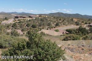 1565 Bello Monte Drive, Prescott, AZ 86301 (#1022906) :: Shelly Watne