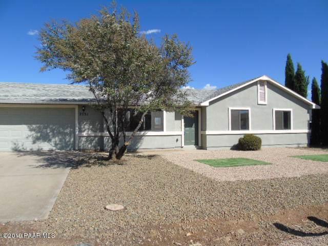 2751 N Indian Wells Drive, Prescott Valley, AZ 86314 (#1025052) :: HYLAND/SCHNEIDER TEAM