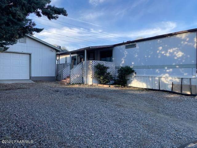 8921 E Roadrunner Drive, Prescott Valley, AZ 86314 (#1027768) :: Shelly Watne