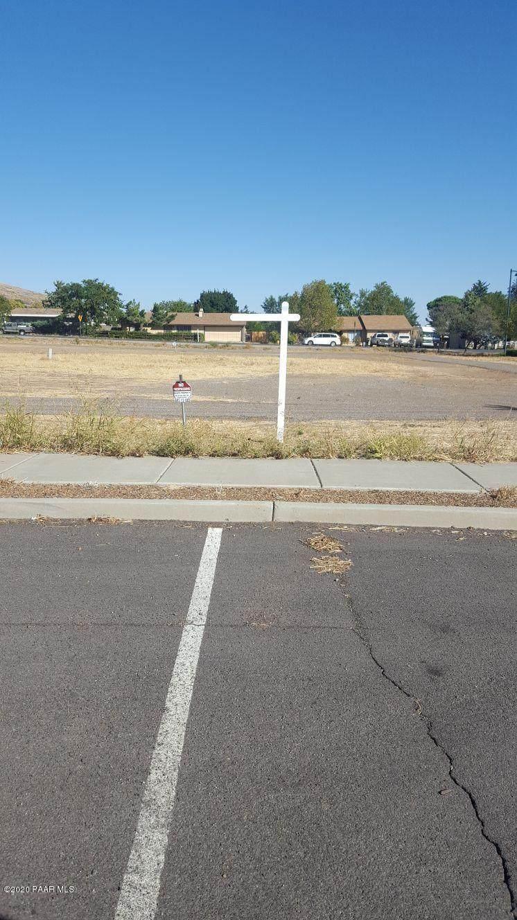 6061 Copper Hill Drive - Photo 1
