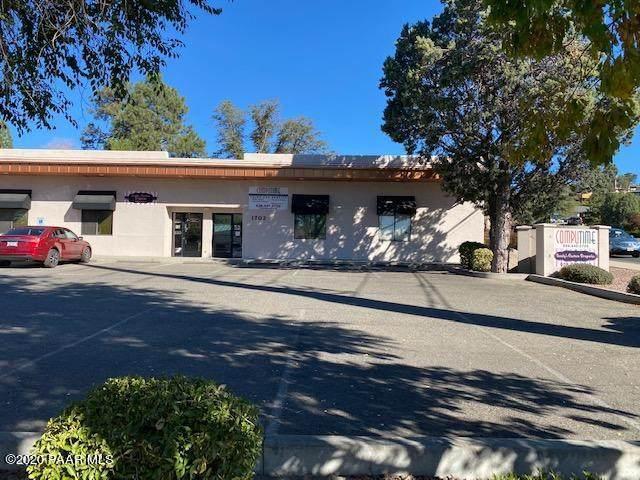 1702 Willow Creek Road A & B, Prescott, AZ 86301 (#1035003) :: Shelly Watne
