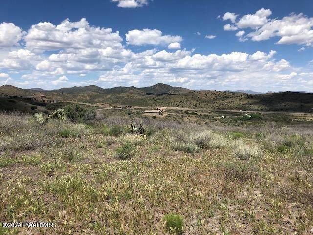 15320 E Countryside Road, Mayer, AZ 86333 (#1035479) :: Prescott Premier Homes | Coldwell Banker Global Luxury