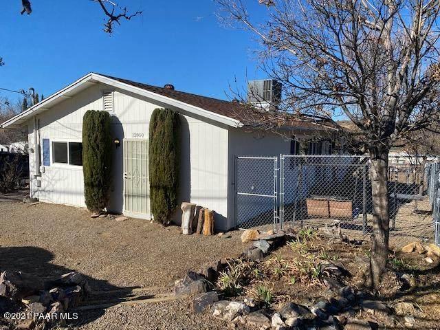 12850 E Main Street, Mayer, AZ 86333 (#1036401) :: Shelly Watne