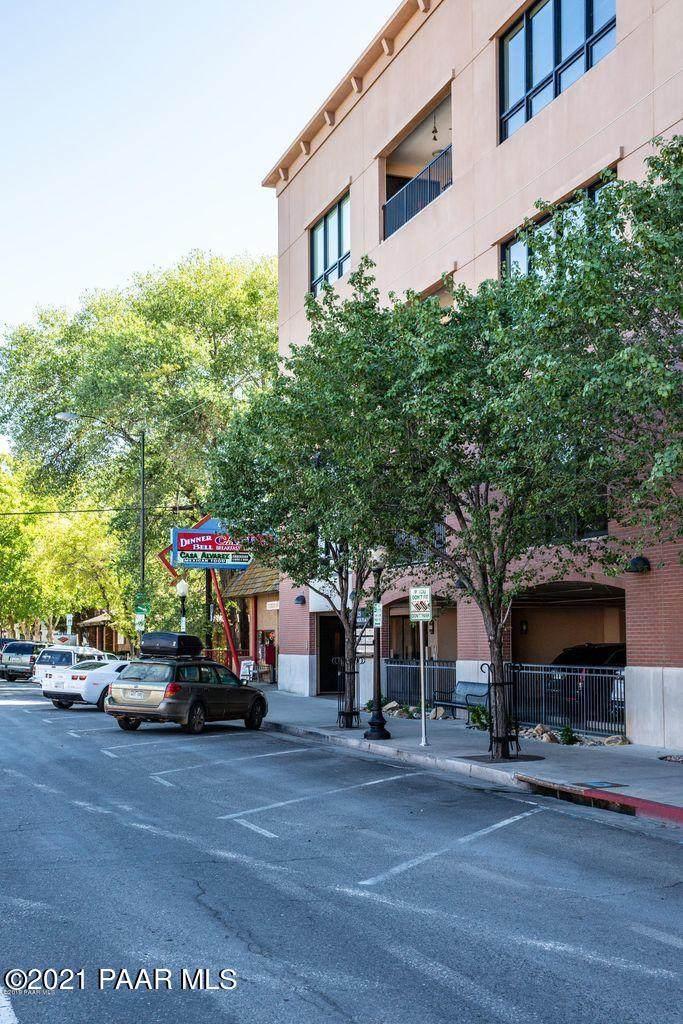 325 Gurley Street - Photo 1
