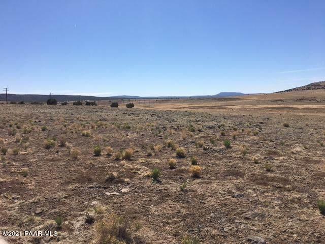0 W Jabin Road, Seligman, AZ 86337 (MLS #1039121) :: Conway Real Estate