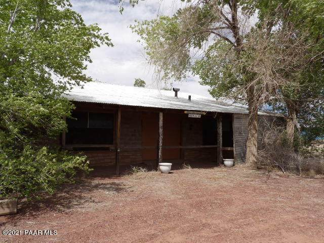 21450 Old Highway 66 - Photo 1