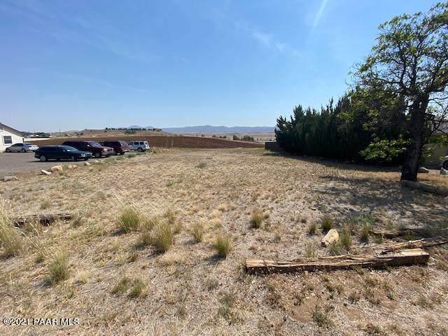 1095 N Old Chisholm Trail, Dewey-Humboldt, AZ 86327 (MLS #1039632) :: Conway Real Estate