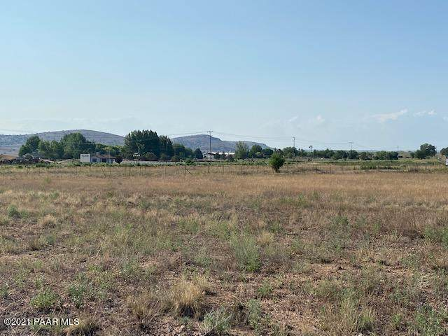 000 Buffalo Run 3.86 Acre, Chino Valley, AZ 86323 (#1040435) :: Prescott Premier Homes | Coldwell Banker Global Luxury