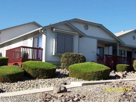3070 Tetons Court D11, Prescott, AZ 86301 (#1042244) :: Shelly Watne