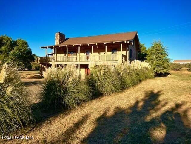 17600 E Old Cherry Road, Dewey-Humboldt, AZ 86327 (MLS #1042904) :: Conway Real Estate